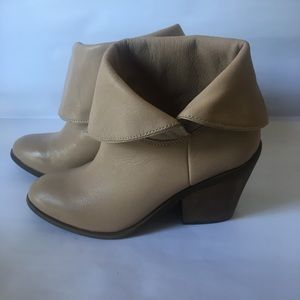 Lucky Brand Ethann Booties Excellent Condition